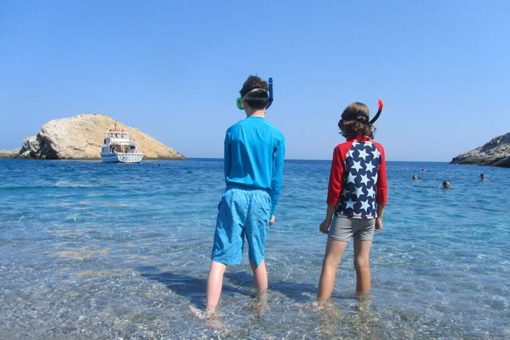 FAMILY TRAVEL STORIES FROM SUITCASES AND SANDCASTLES