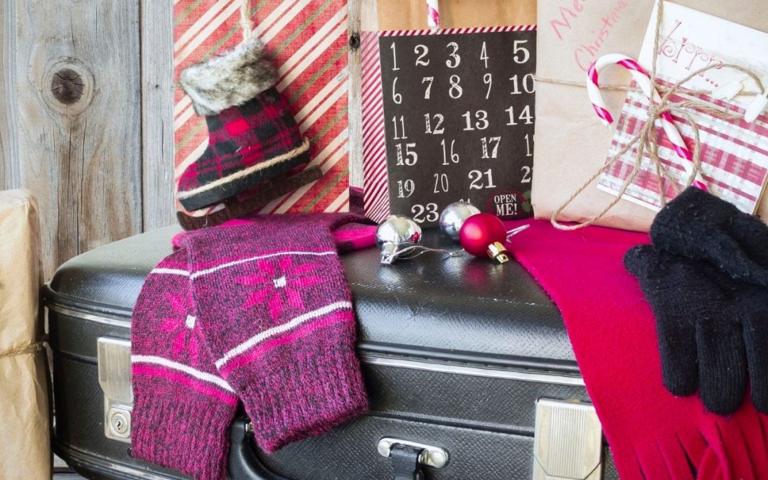 7 LAST-MINUTE GIFT IDEAS FOR ADULTS AND KIDS WHO LOVE TO TRAVEL